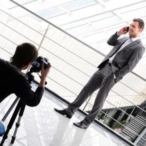 Geschäftsmann beim Fotoshooting